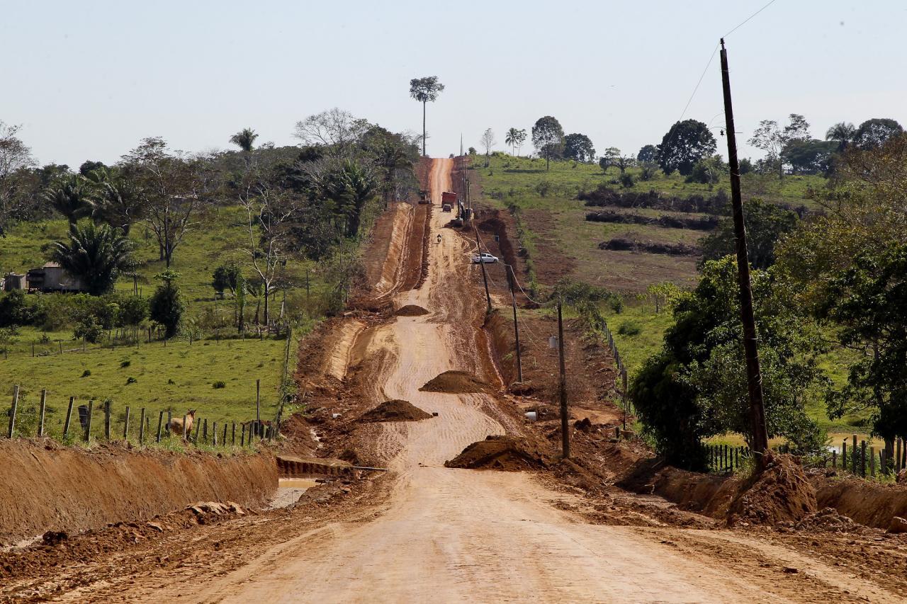 Governo determina recuperação emergencial de pontos críticos de ramais em todo o Acre