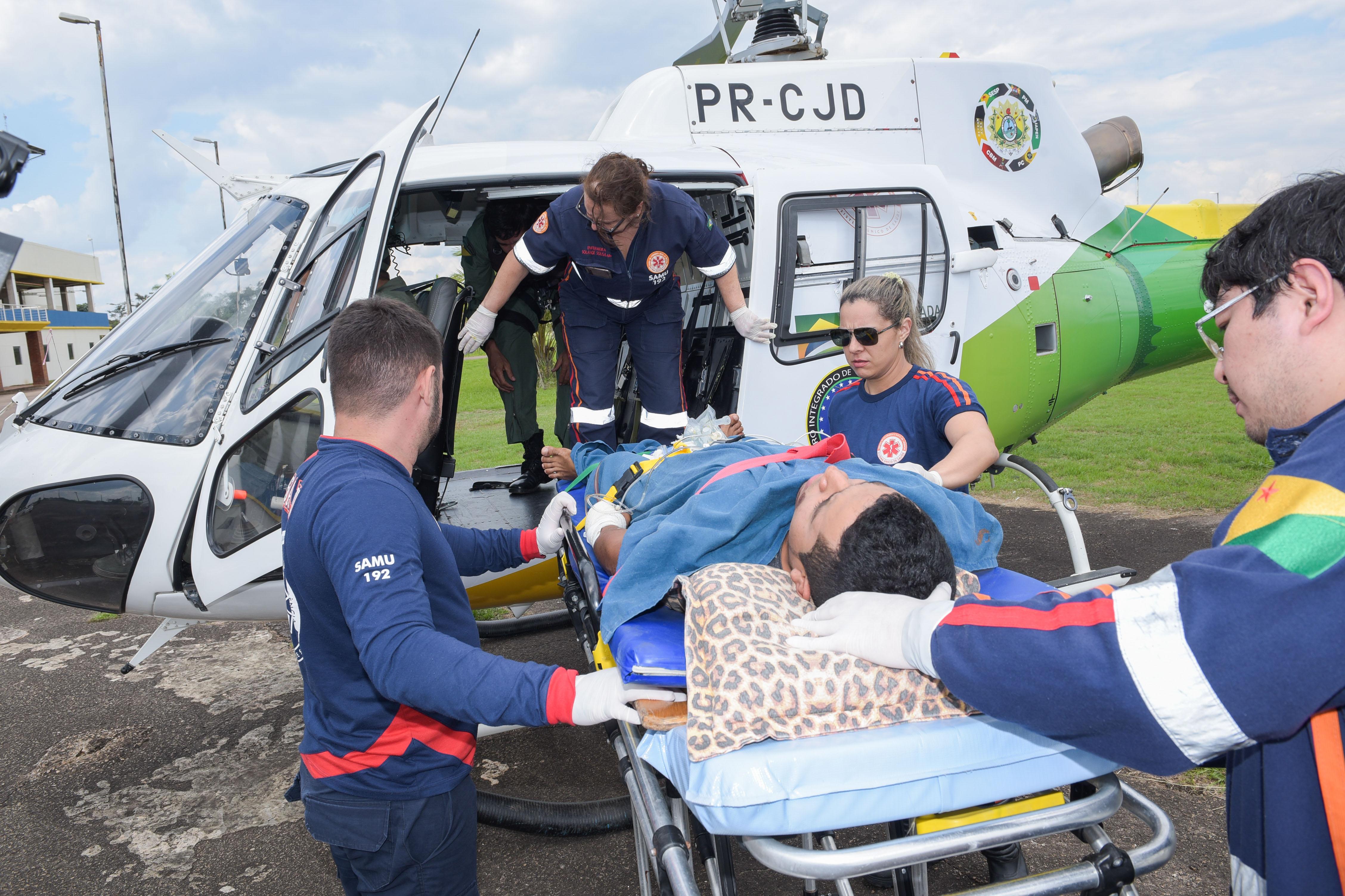 Helicóptero do Governo do Estado ajuda a salvar vida de paciente acidentado em Brasileia