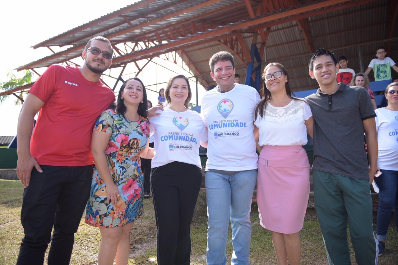Gladson prestigia ações do 'Prefeitura na Comunidade'