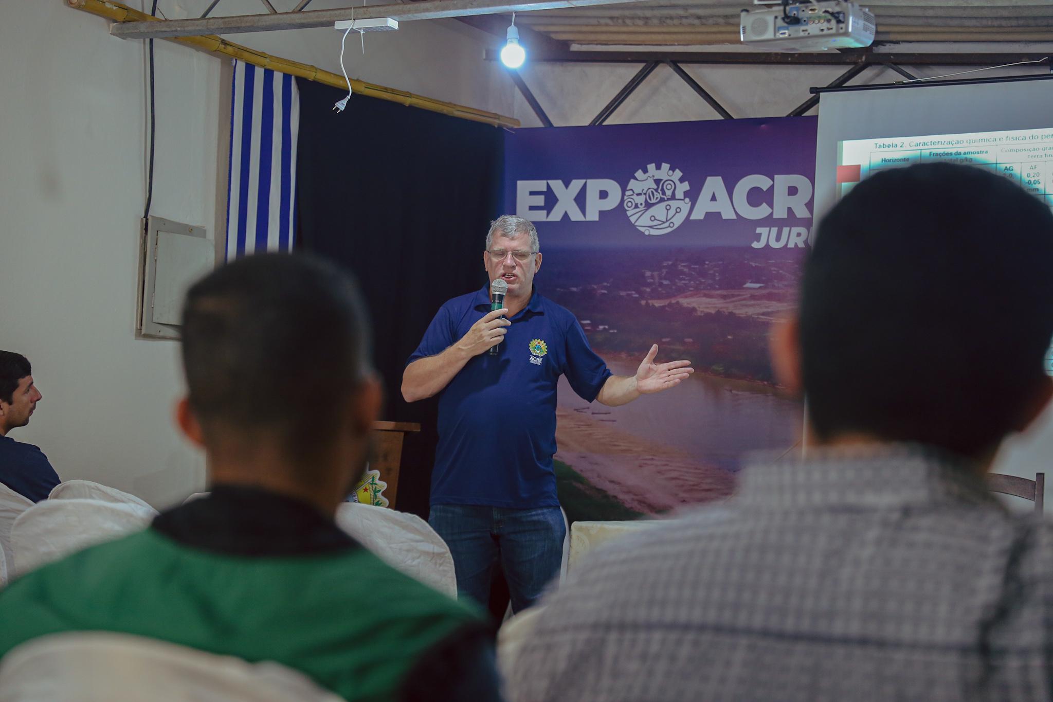 Qualidade dos solos do Acre é discutida em palestra durante a Expoacre Juruá
