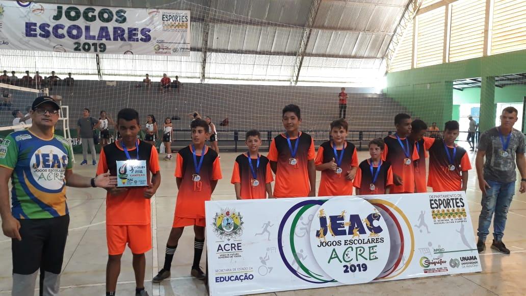 Campeões da fase estadual dos jogos escolares no vôlei estão definidos