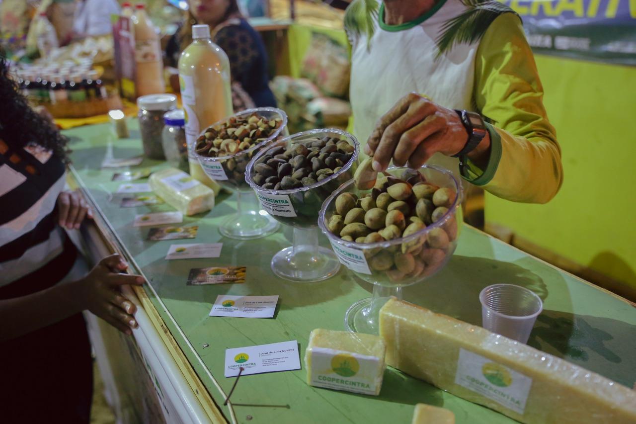 Cooperativas expõem seus produtos artesanais na Expoacre Juruá