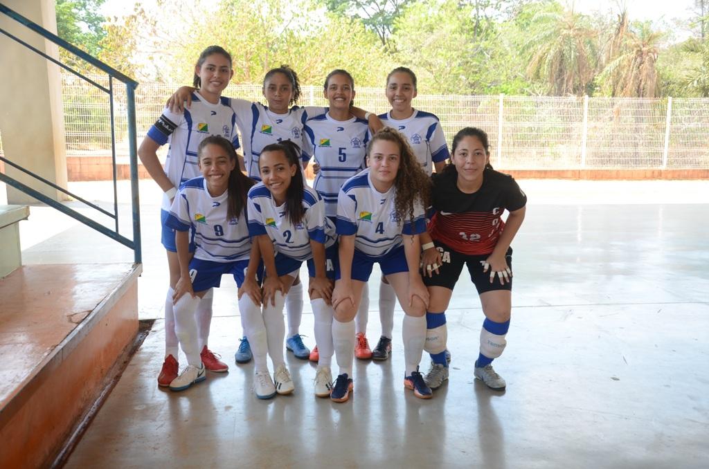 Time feminino de futsal do Colégio Acreano faz história em Palmas