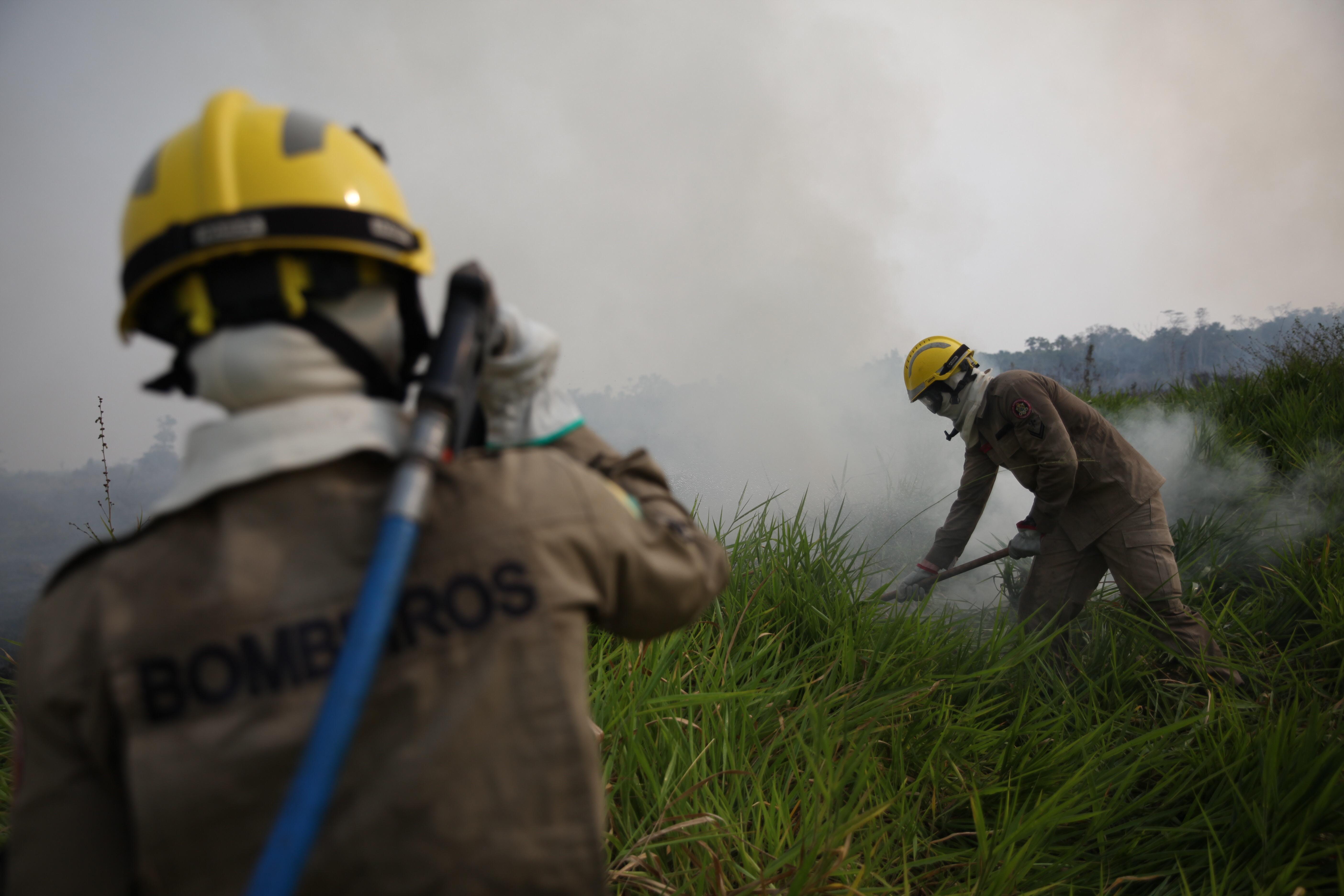 Gladson Cameli participa de intercâmbio em indústria de combate a incêndio na Europa