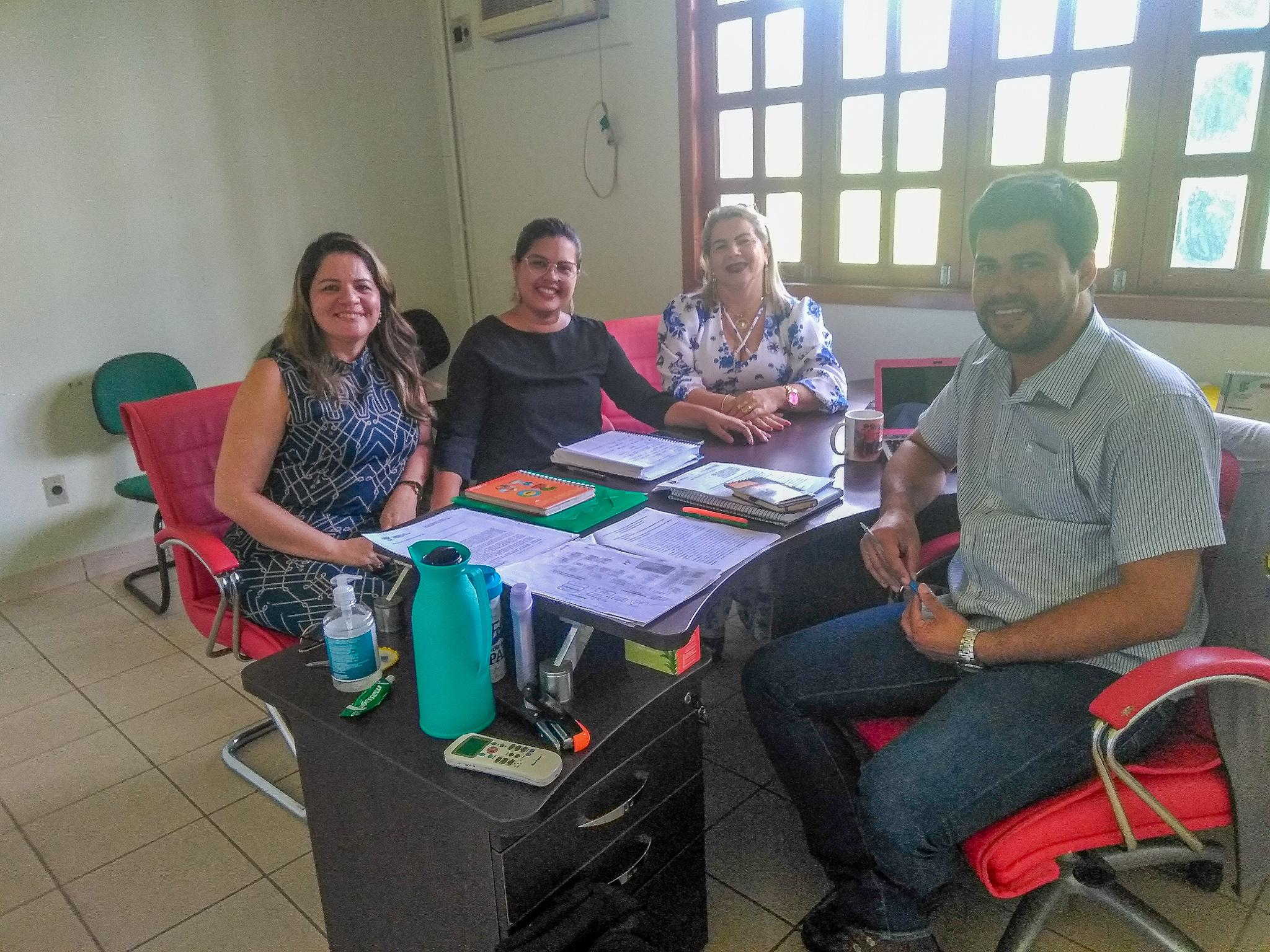 Ieptec e SEE reúnem-se para tratar sobre certificação de gestores escolares