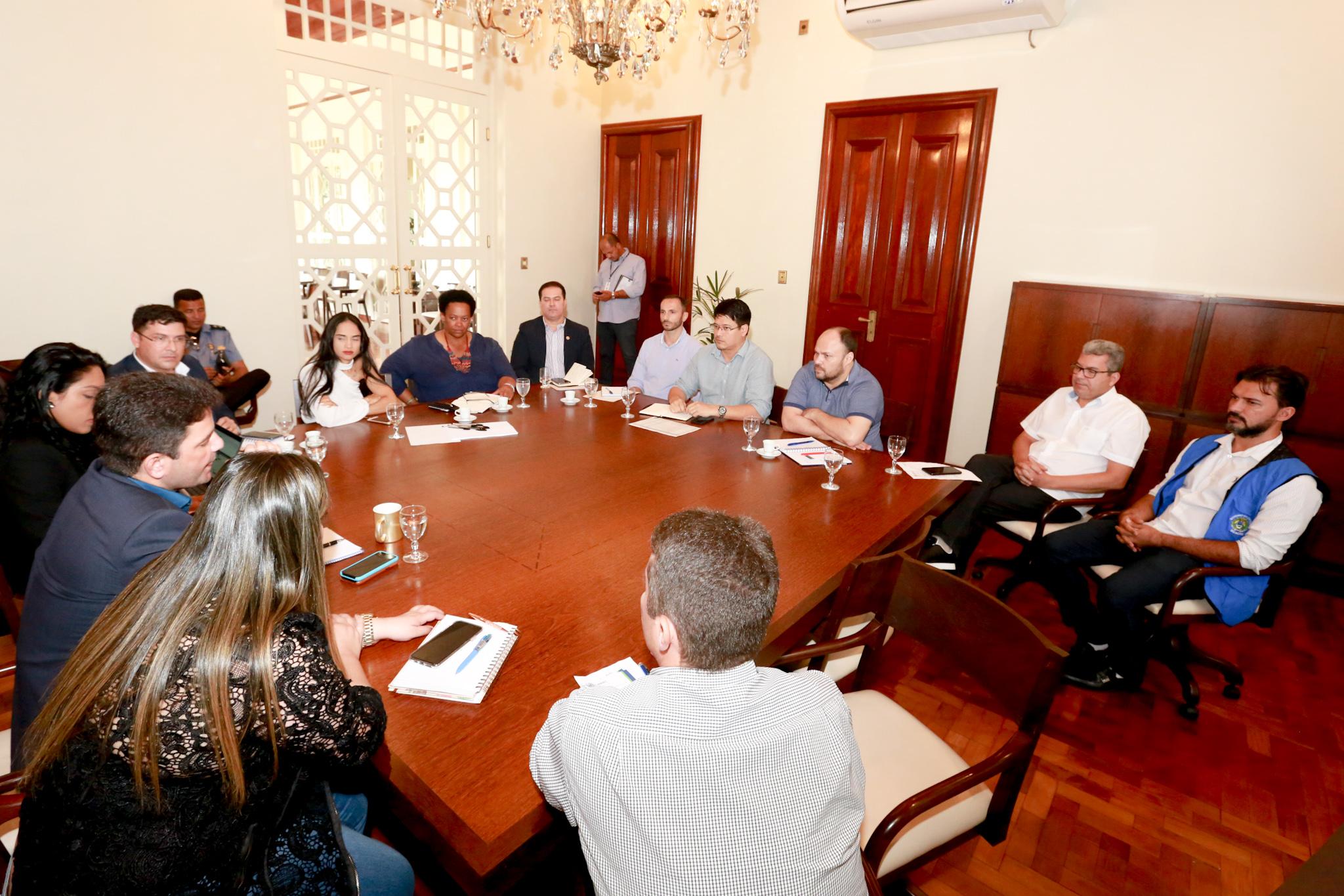 Equipe do BNDES começa negociação com governo para retomada do crédito