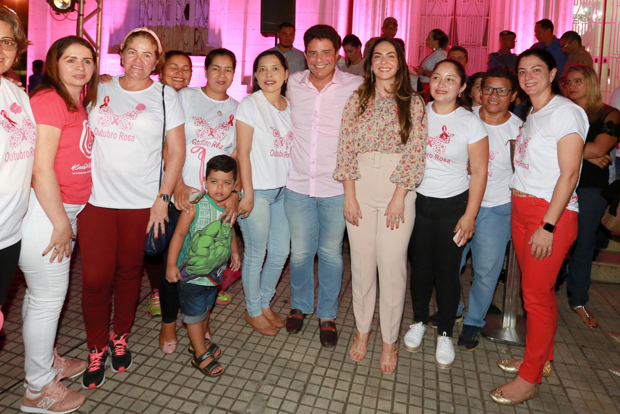 Governo lança campanha 'Outubro Rosa', de combate ao câncer de mama