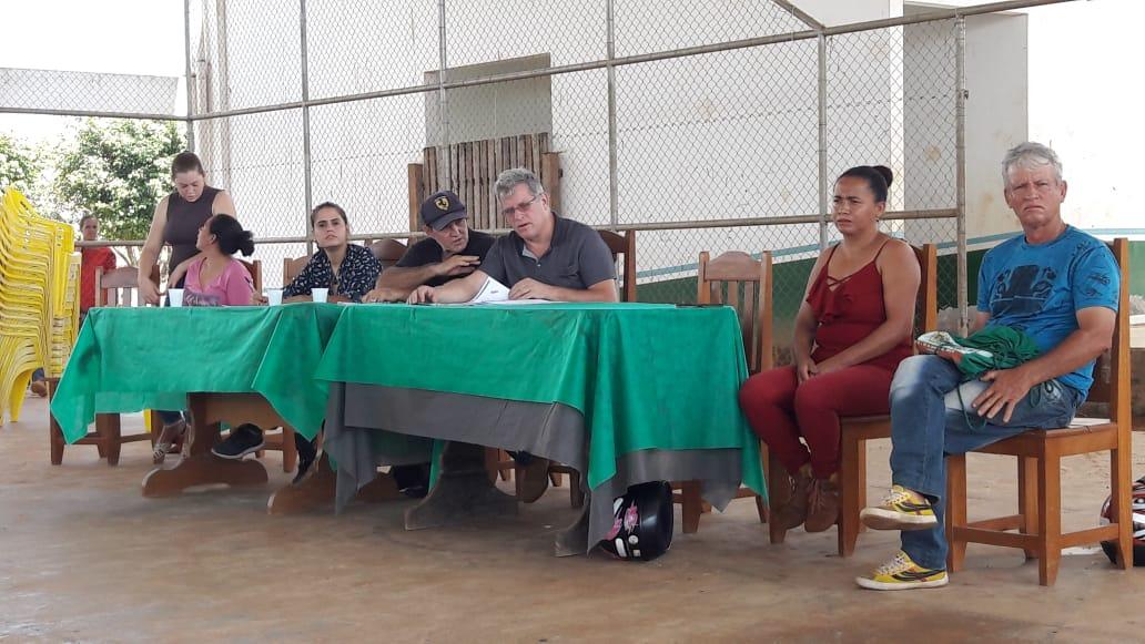 Secretário de Produção se reúne com agricultores em Acrelândia e debate sobre regularização fundiária
