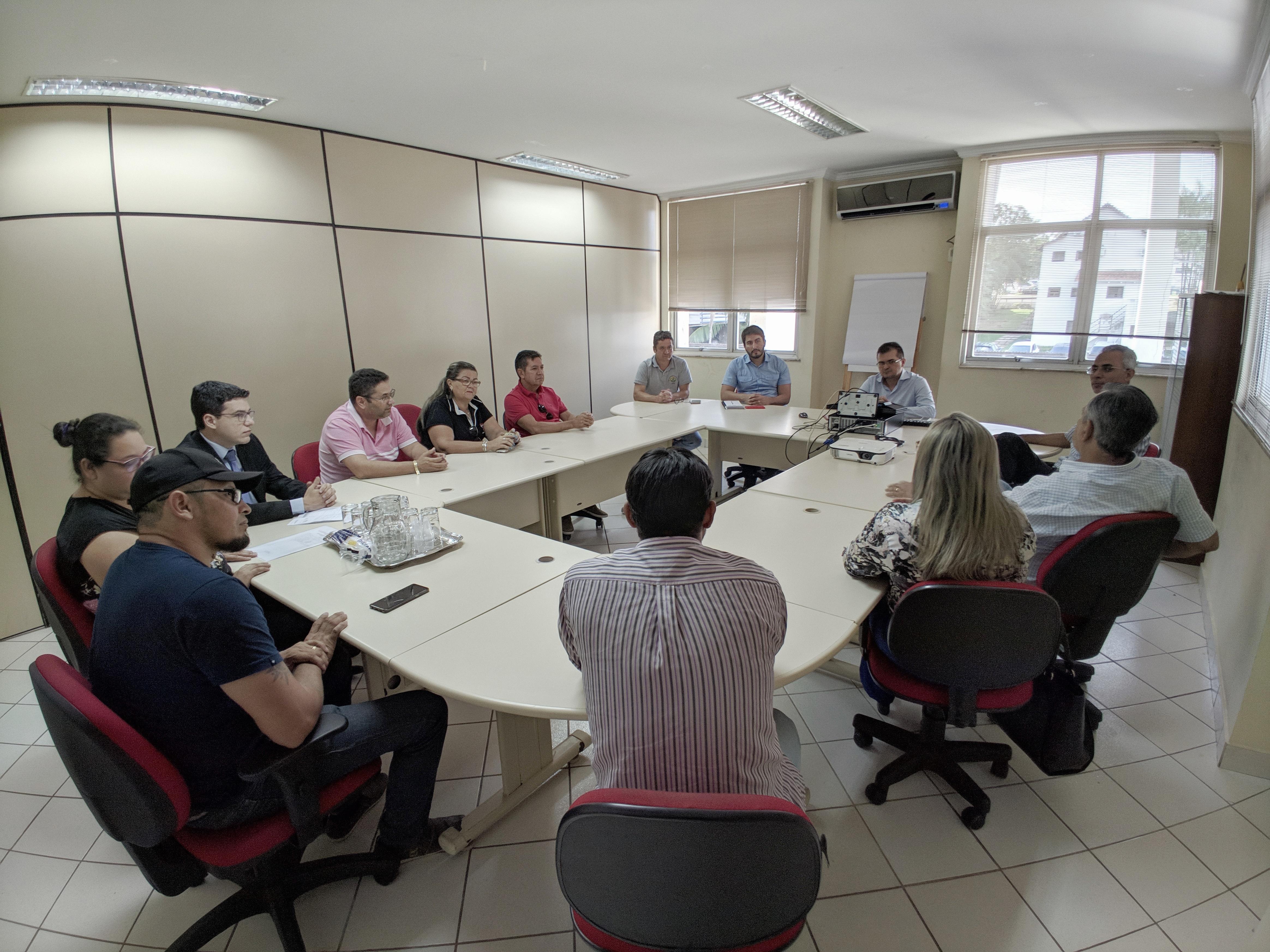 Sefaz participa de reunião com representantes de empresas de transporte