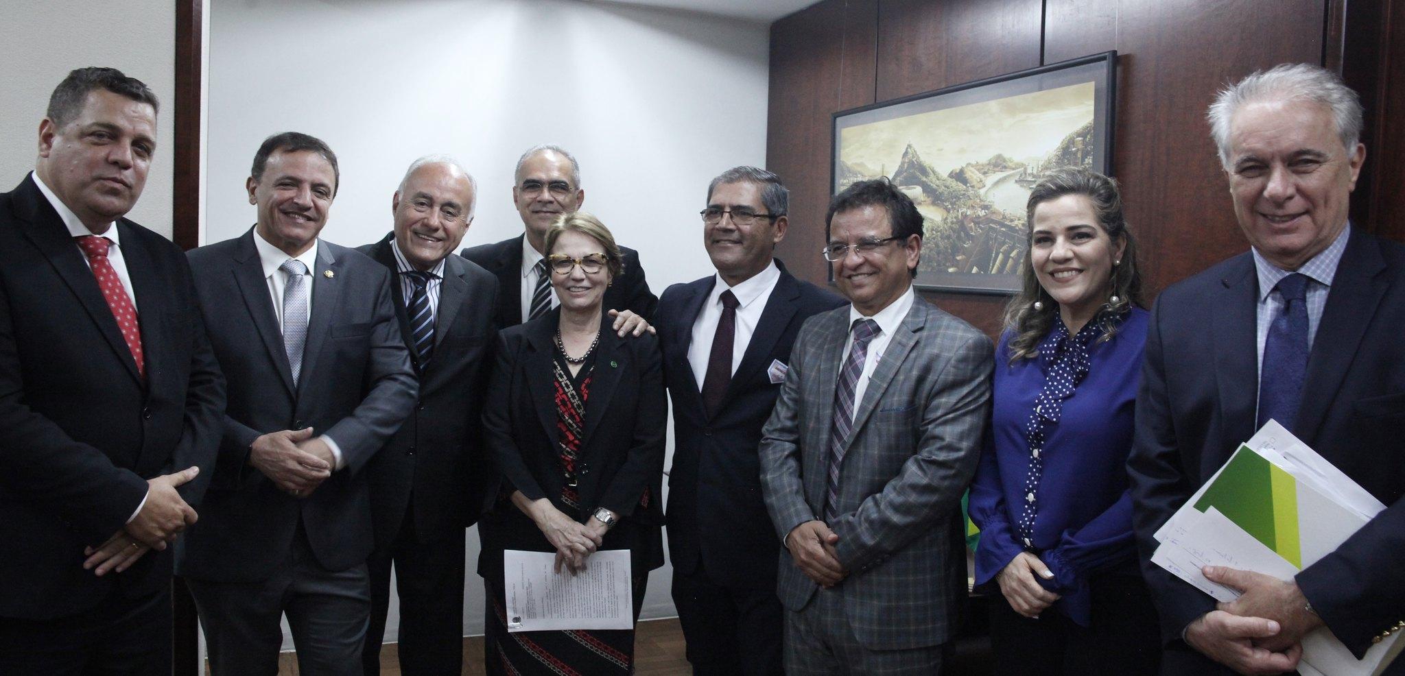 Major Rocha e ministra da Agricultura pactuam ações pelo desenvolvimento do Acre