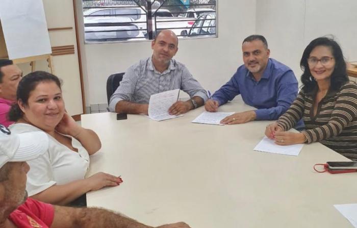 Governo e prefeitura de Cruzeiro do Sul fecham parceria pela regularização fundiária