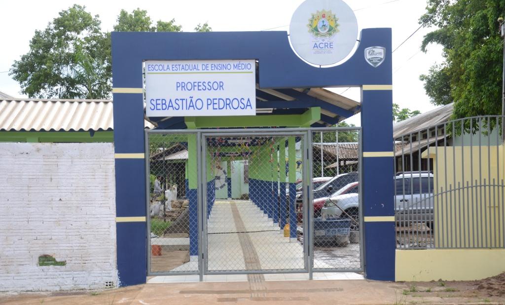Boa gestão e compromisso garantem o ensino na Escola Sebastião Pedrosa