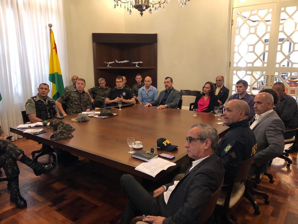 Acre e Rondônia se reúnem para alinhamento de combate a crimes nas fronteiras
