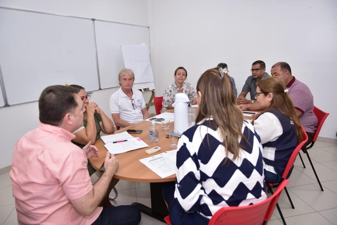 Saúde se reúne com Anvisa e outros setores para ações estratégicas para covid-19