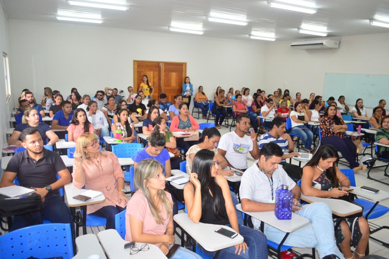 Saúde capacita profissionais de Sena e Manoel Urbano sobre novas linhas de financiamento do Previne Brasil