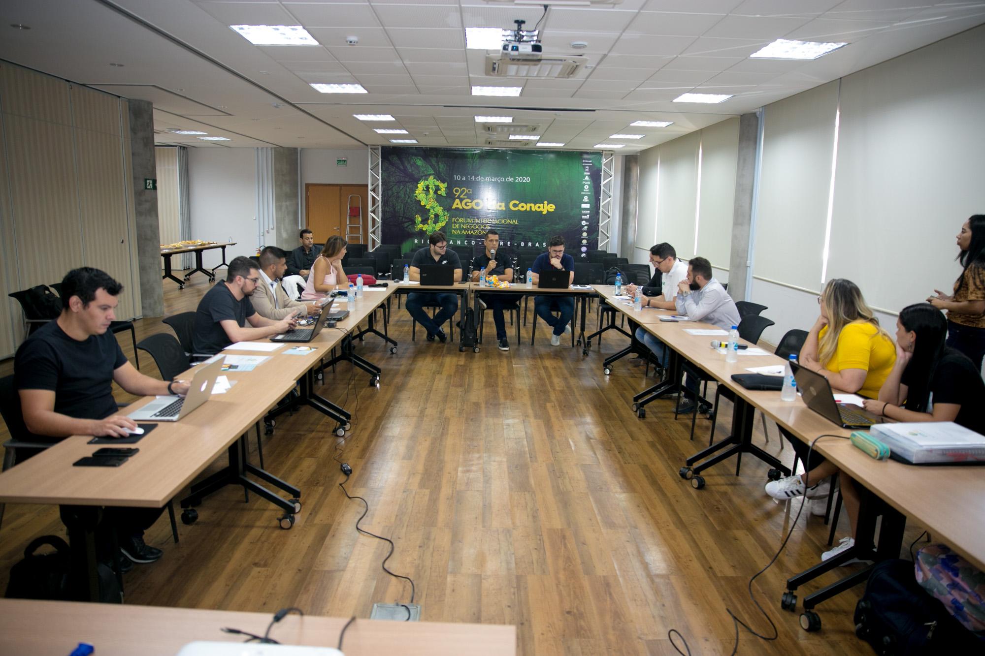 Reunião de jovens empresários visa incentivar investimentos na região amazônica