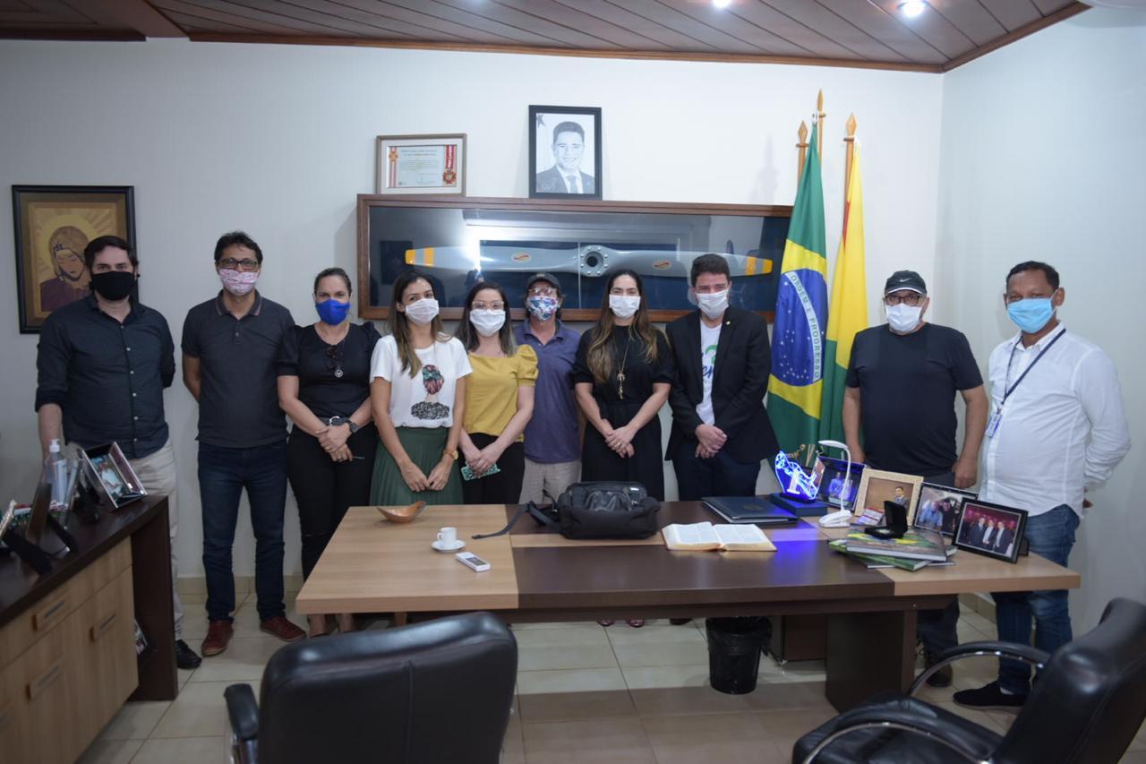 Gladson agradece empenho dos profissionais da Comunicação pública durante cobertura da pandemia do coronavírus