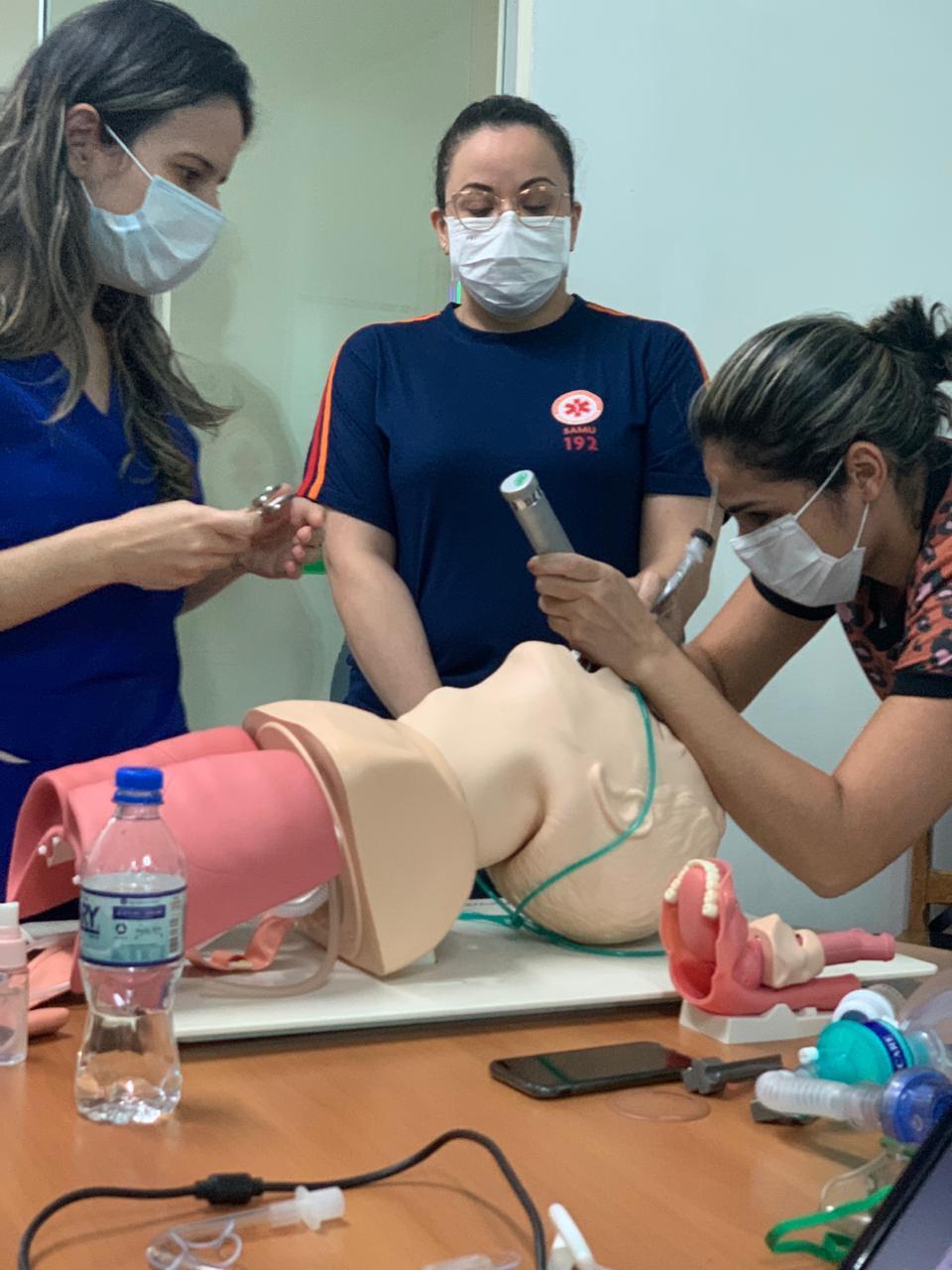 Sena Madureira e Manoel Urbano recebem capacitação para manejo de paciente com Covid-19