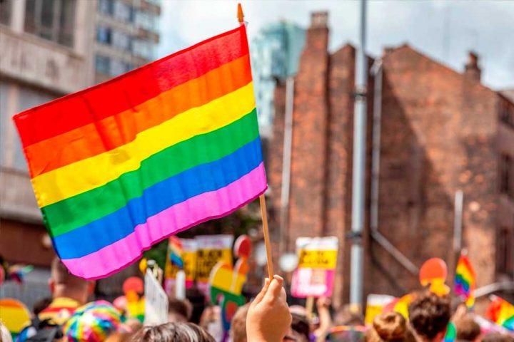 Comemoração e luta marcam o Dia Internacional do Orgulho LGBTI
