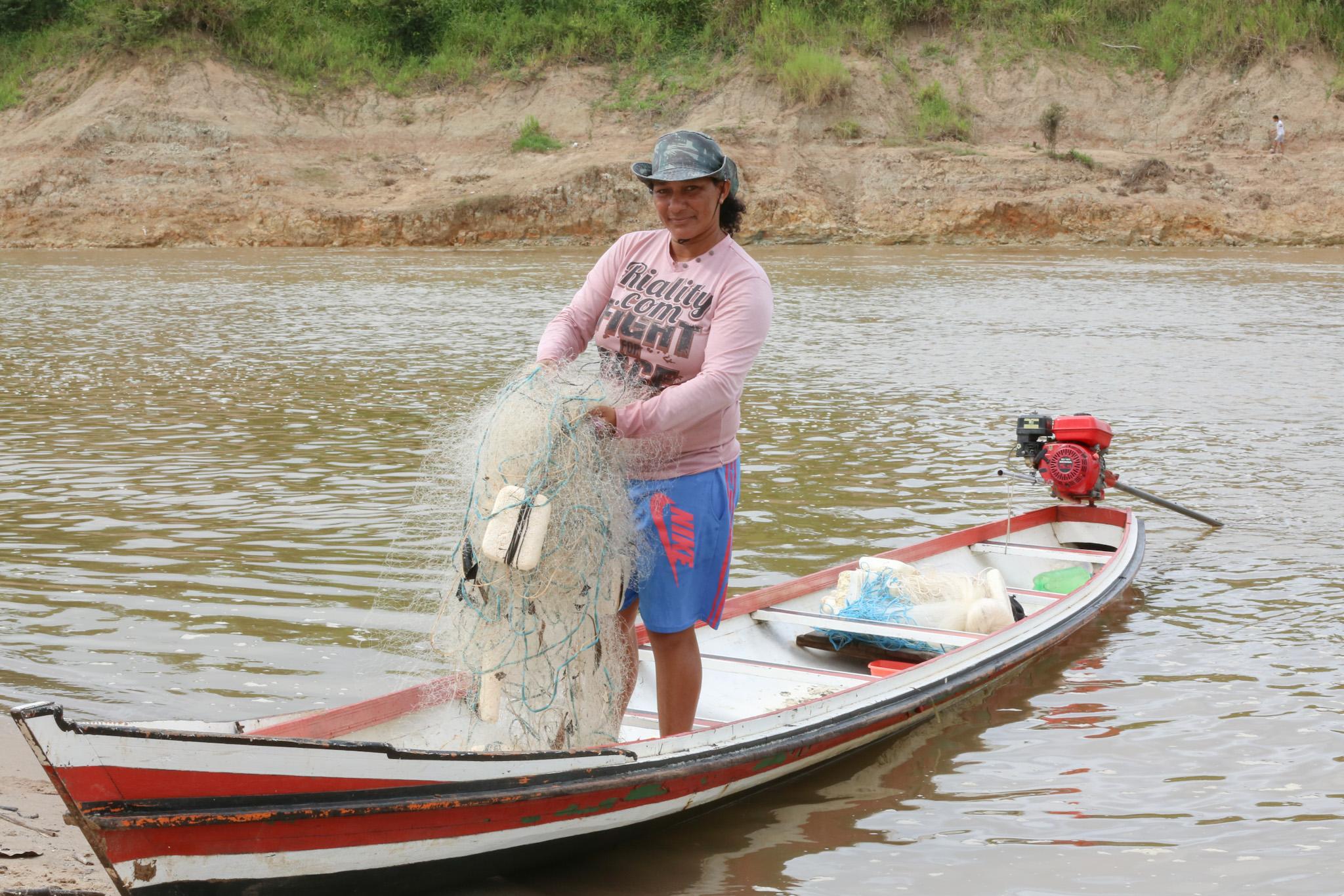 A força das mulheres pescadoras do Juruá
