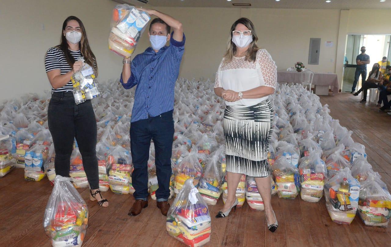 Estado entrega 600 cestas básicas a instituições sociais de Cruzeiro do Sul