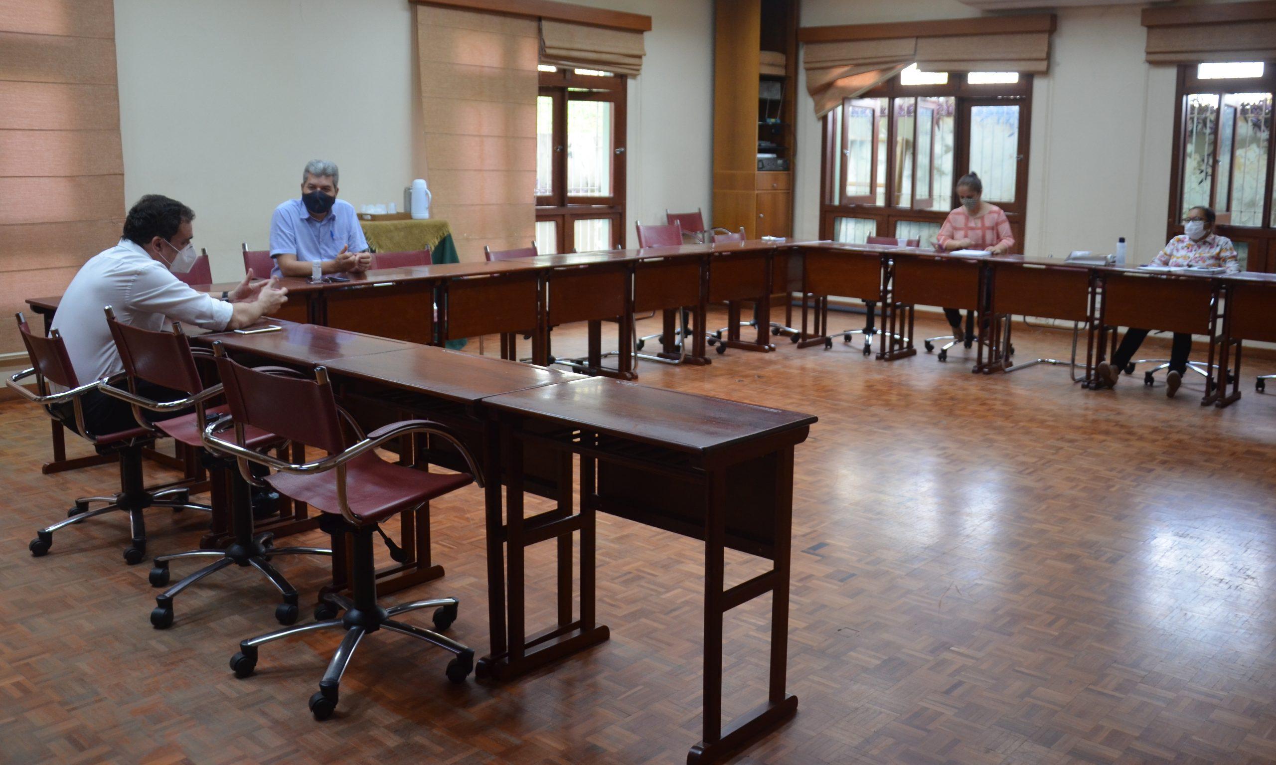 Educação alinha planejamento de aulas remotas com instituições