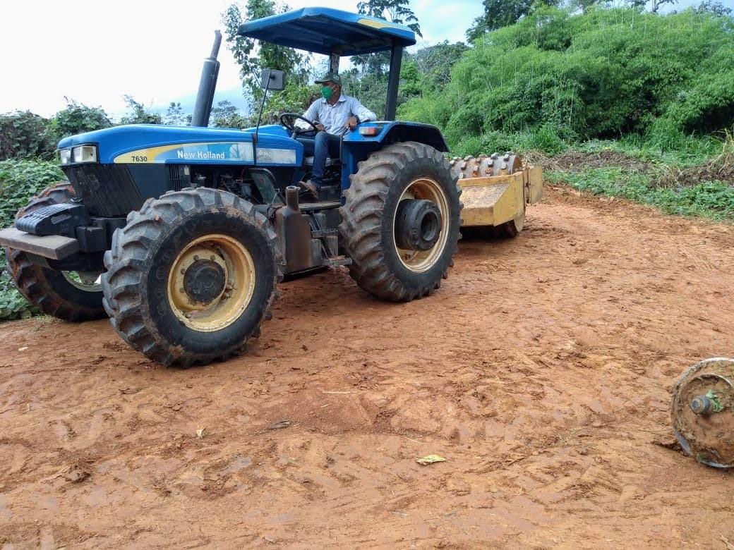 Com apoio do Estado, Acrelândia realiza recuperação do ramal do Assentamento Campo Novo
