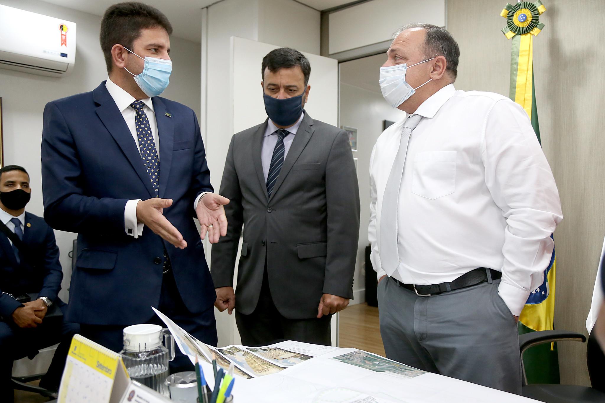 Gladson Cameli recebe sinal positivo de ministro da Saúde para construir maternidade