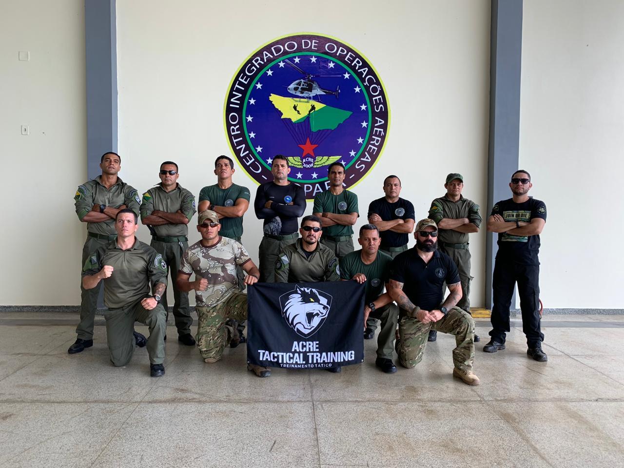 Integrantes do Ciopaer recebem treinamento de defesa e proteção a ataques com facas
