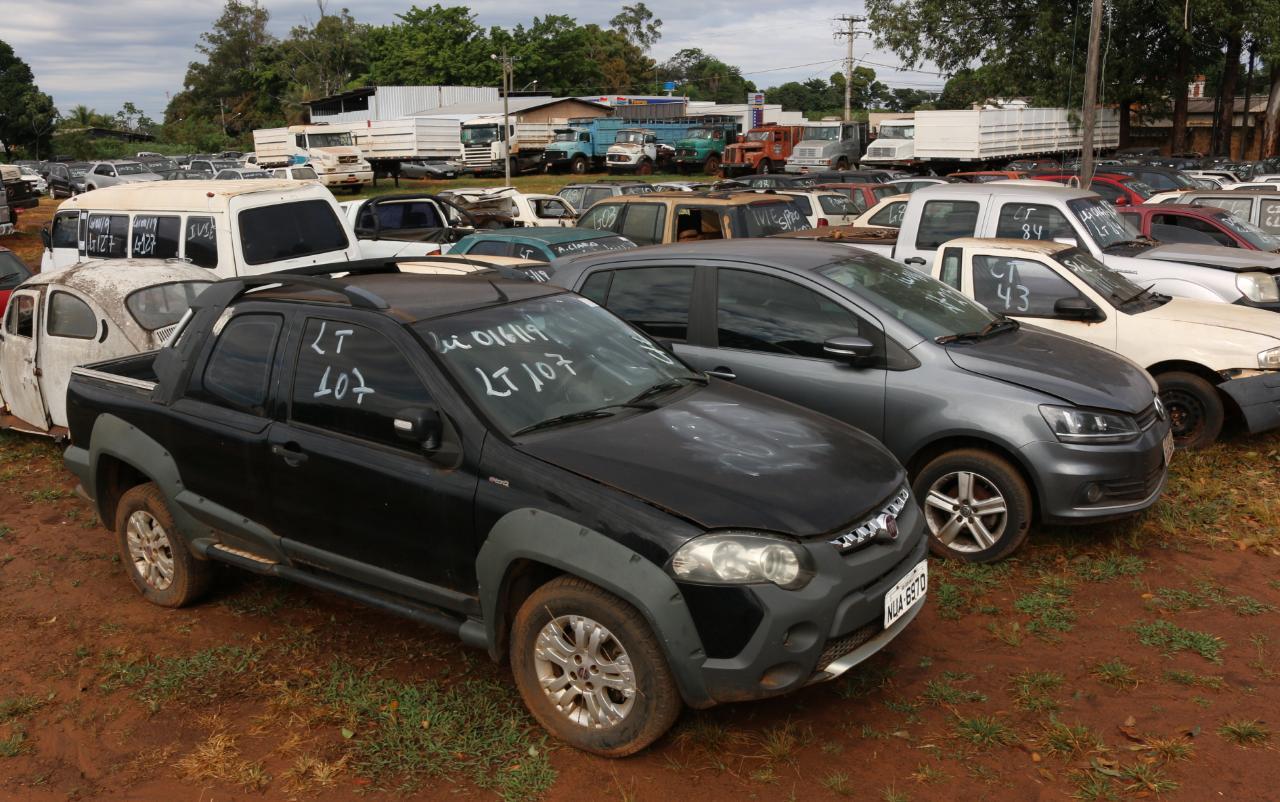 Proprietários de veículos removidos pelo Detran têm 20 dias para resgate antes de bens irem à leilão