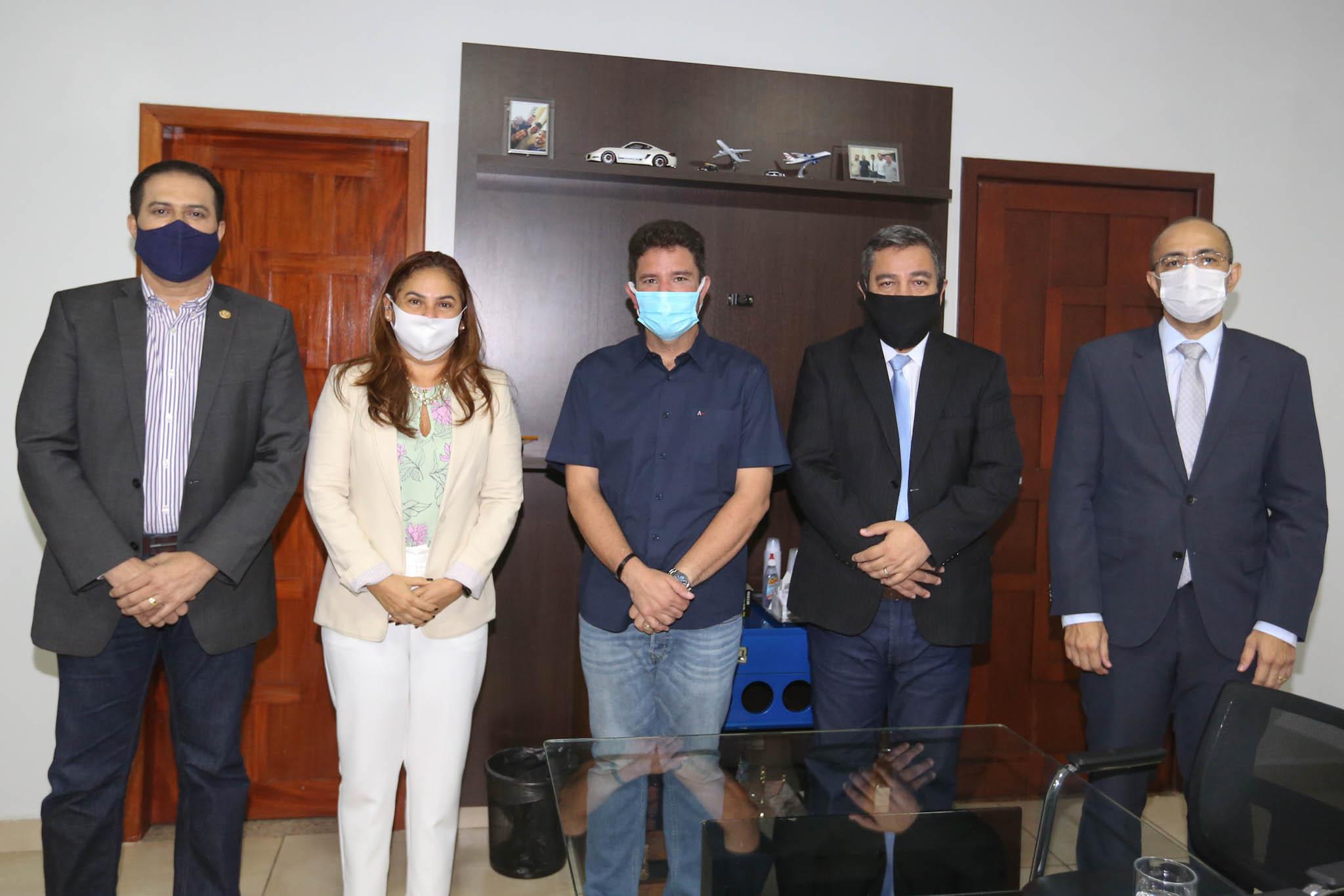 Cameli recebe visita institucional de desembargadores eleitos para nova gestão do TJ