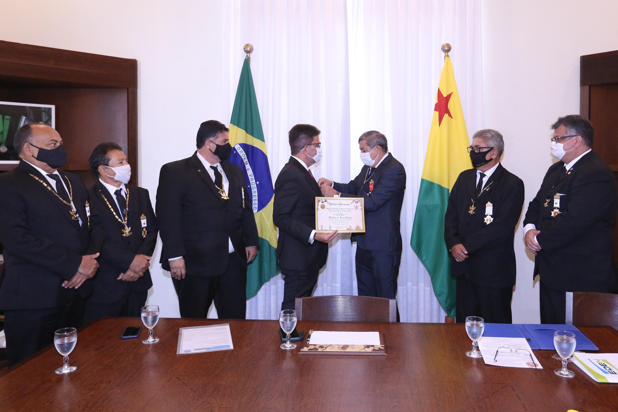 Gladson Cameli é homenageado pela Potência Maçônica Grande Oriente do Brasil