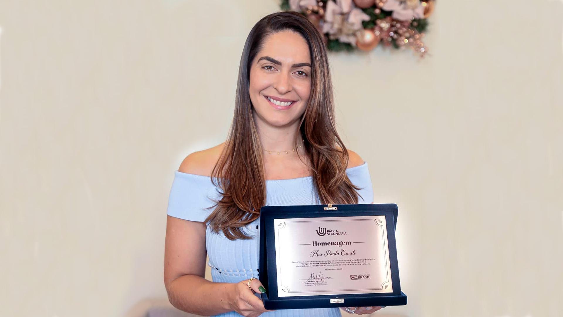 Primeira-dama do Acre recebe homenagem do programa Pátria Voluntária