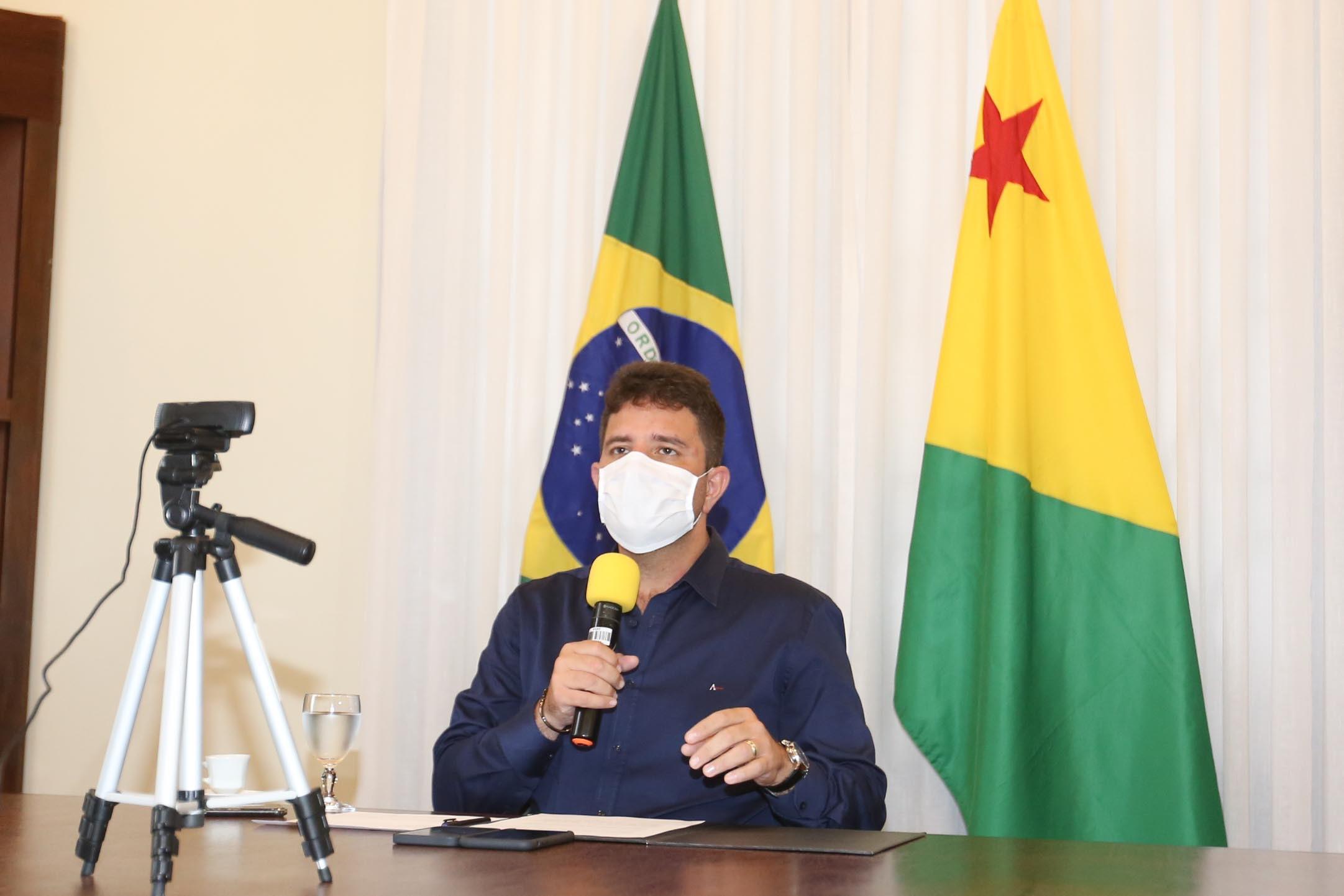 Gladson prestigia diplomação de prefeitos e vereadores eleitos no Juruá