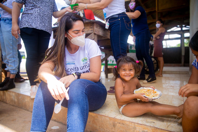 Estado e Sistema Fecomércio realizam entrega de sopas e marmitas em Rio Branco e Cruzeiro do Sul
