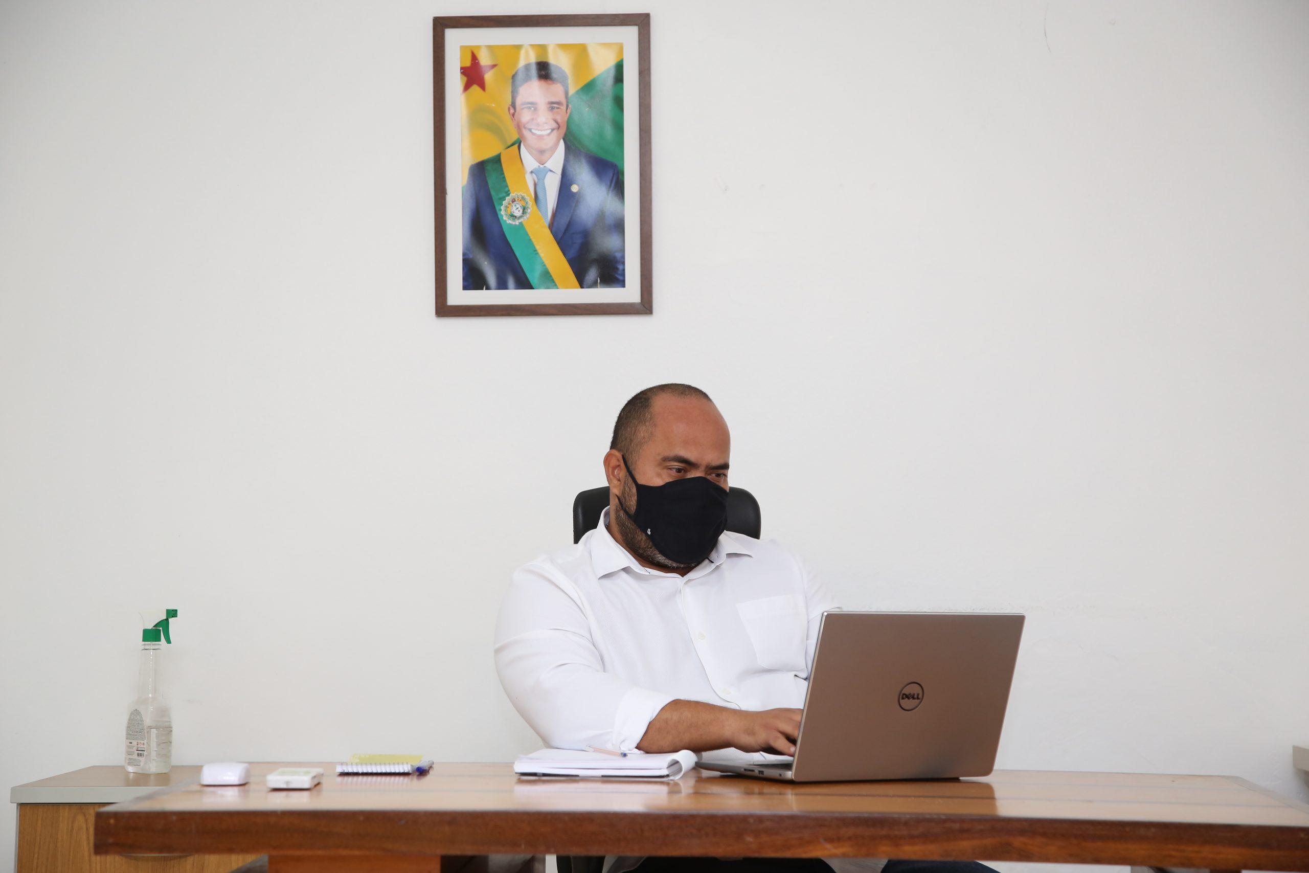 Gladson Cameli nomeia jornalista Rutembergue Crispim como novo secretário de Comunicação
