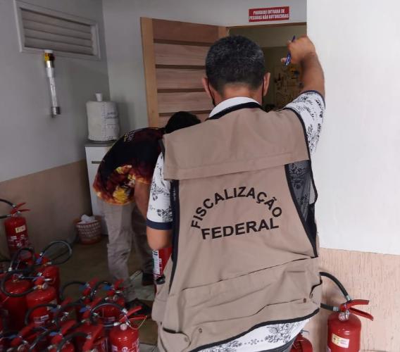 Instituto de Pesos e Medidas vistoria empresas de extintores em Cruzeiro do Sul