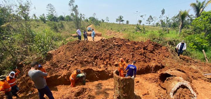 Deracre realiza intervenção no ramal Pitanga, em Rio Branco