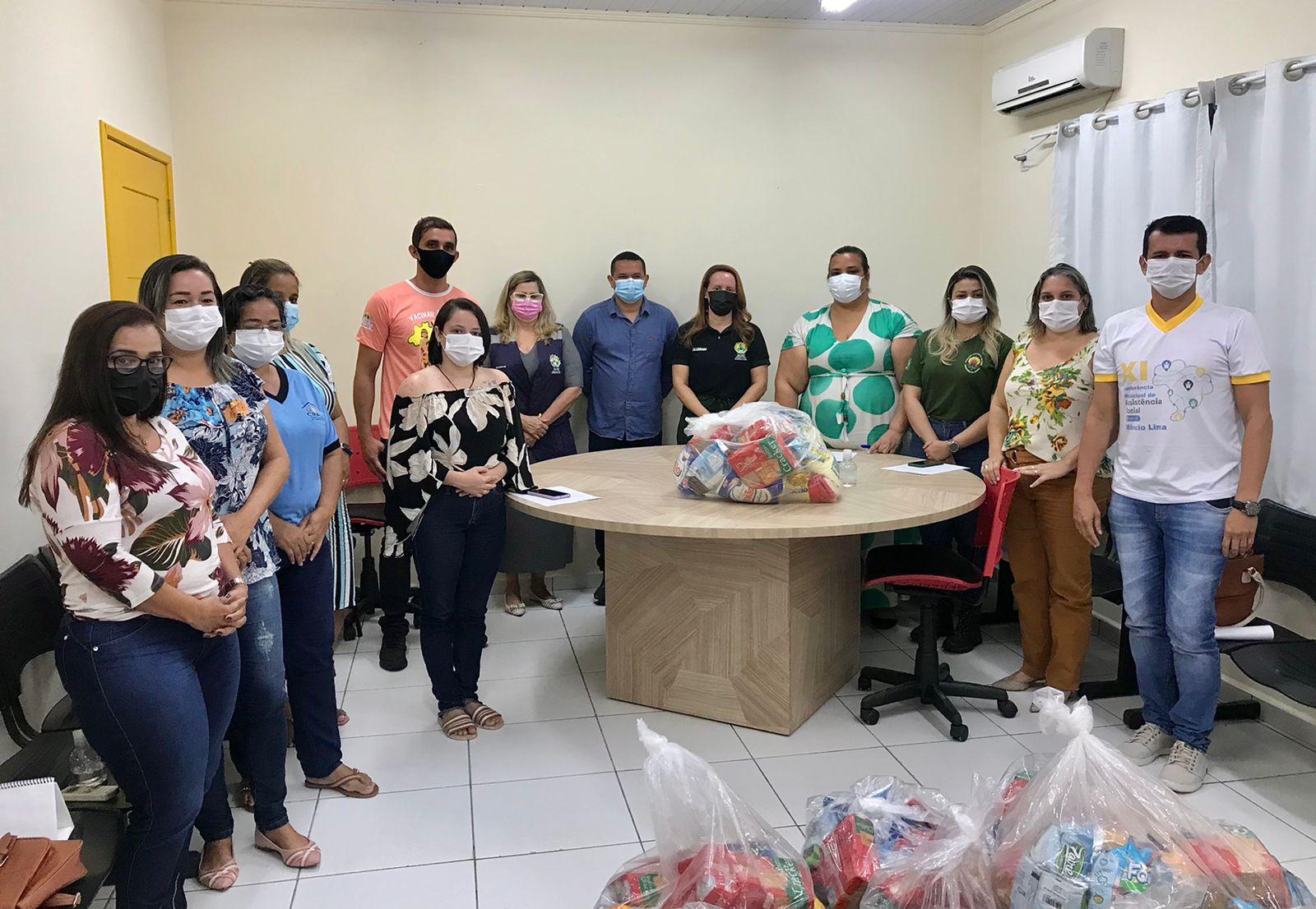 População indígena de Mâncio Lima recebe cem cestas básicas do Estado