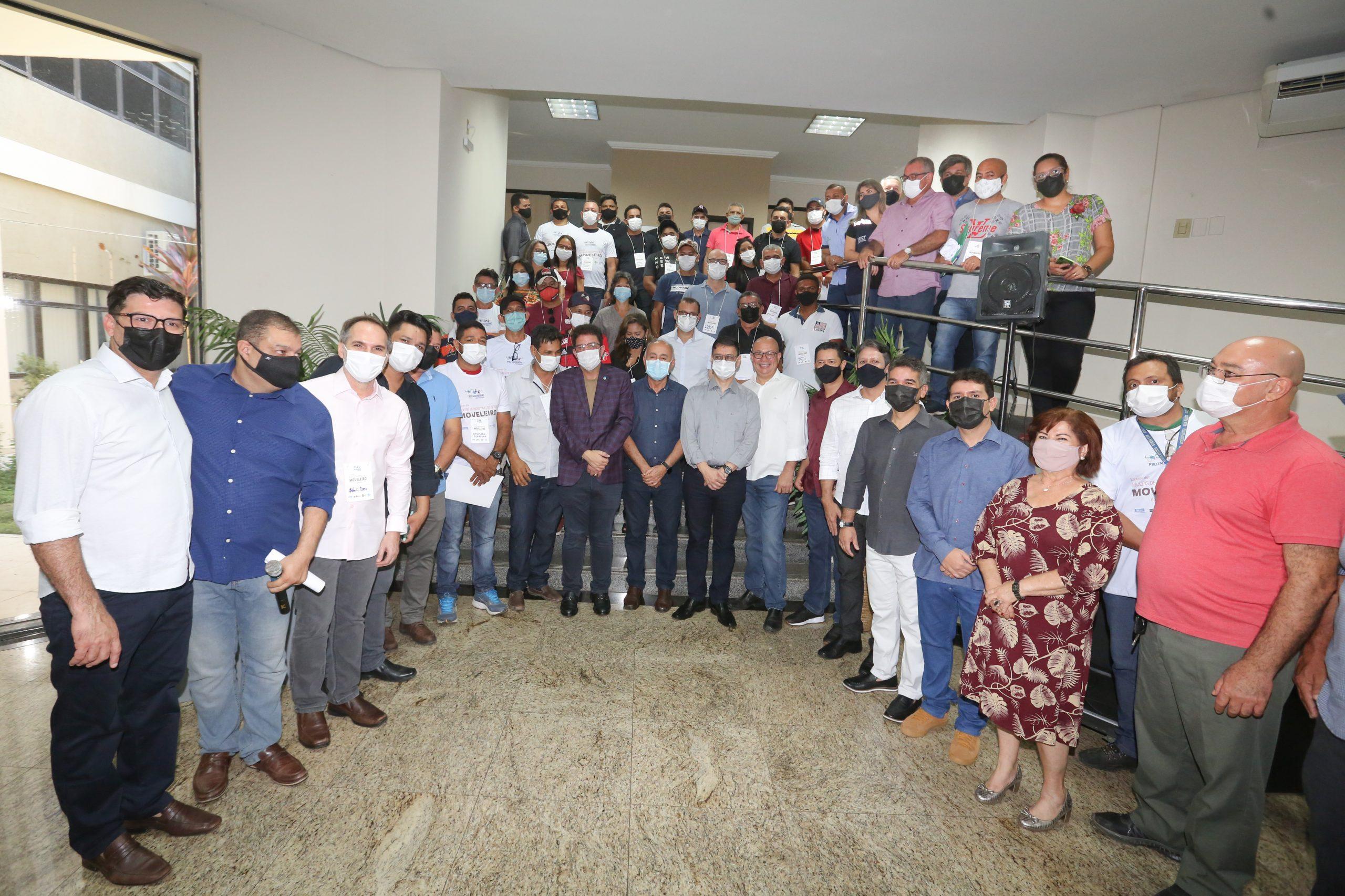 Gladson Cameli participa de abertura do Encontro de Núcleos de Indústrias do Setor Moveleiro