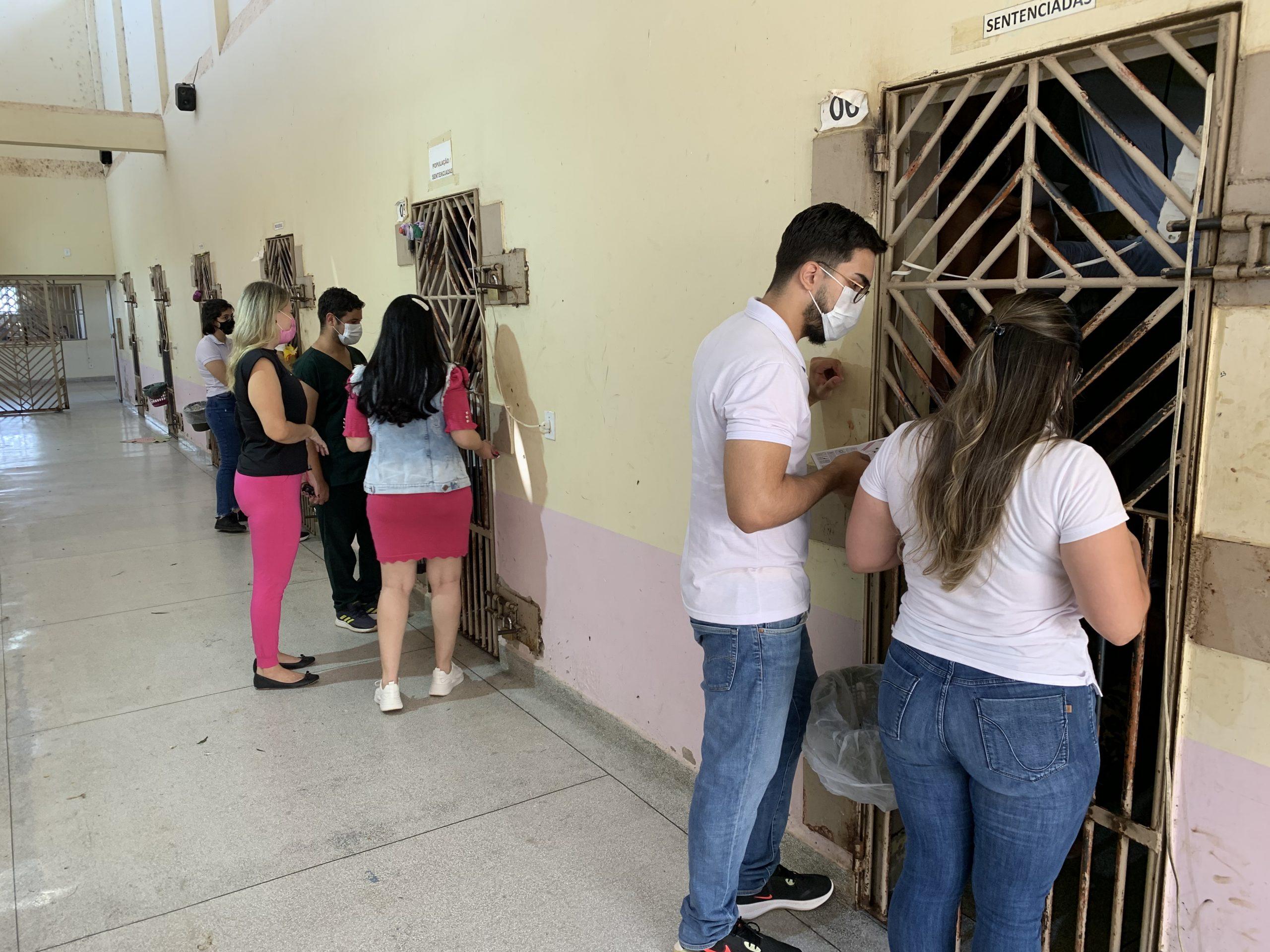 Detentas do Sistema Penitenciário Acreano recebem orientações sobre prevenção do câncer de mama