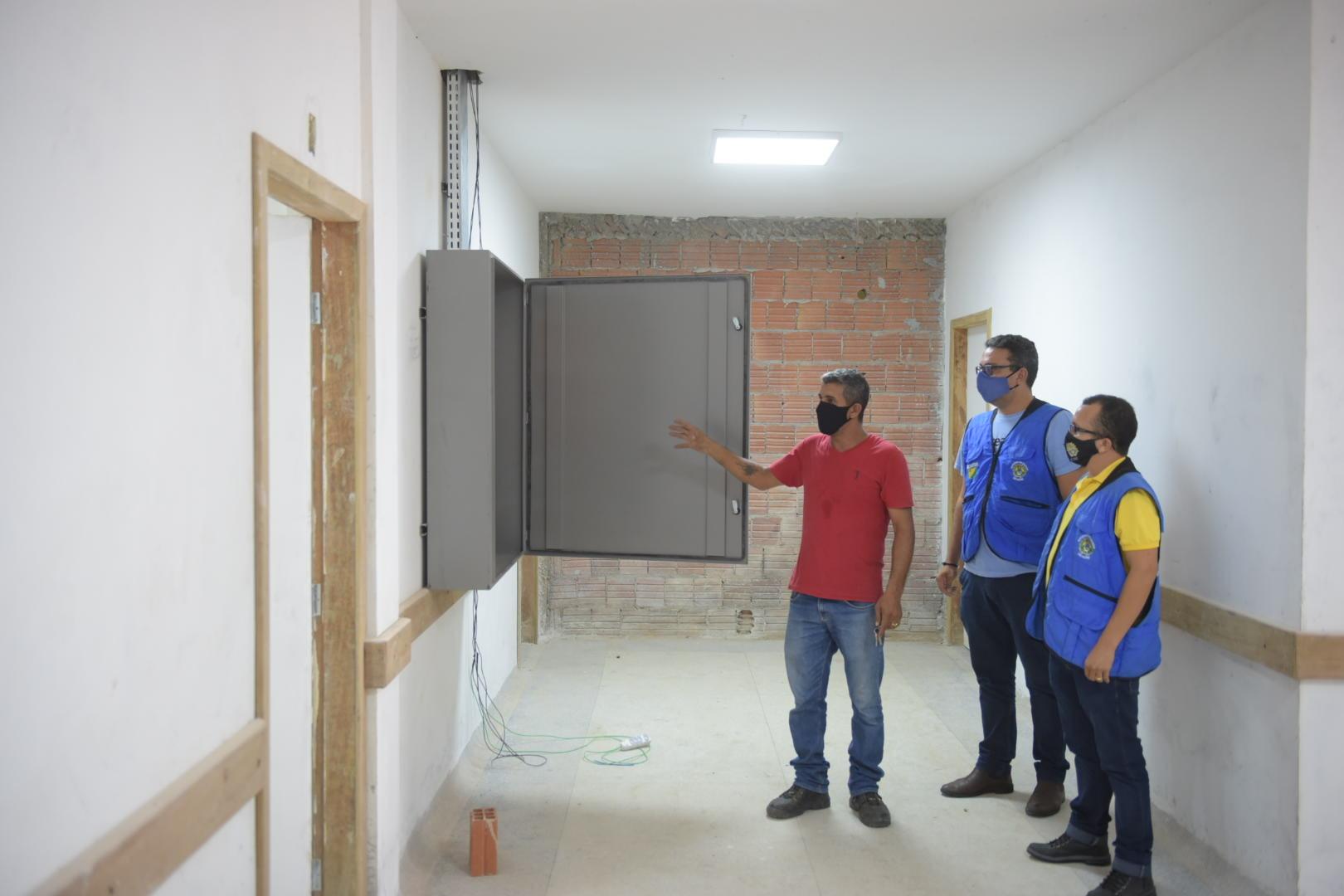Seinfra e Sesacre unem forças para instalação de tomógrafo em Cruzeiro do Sul