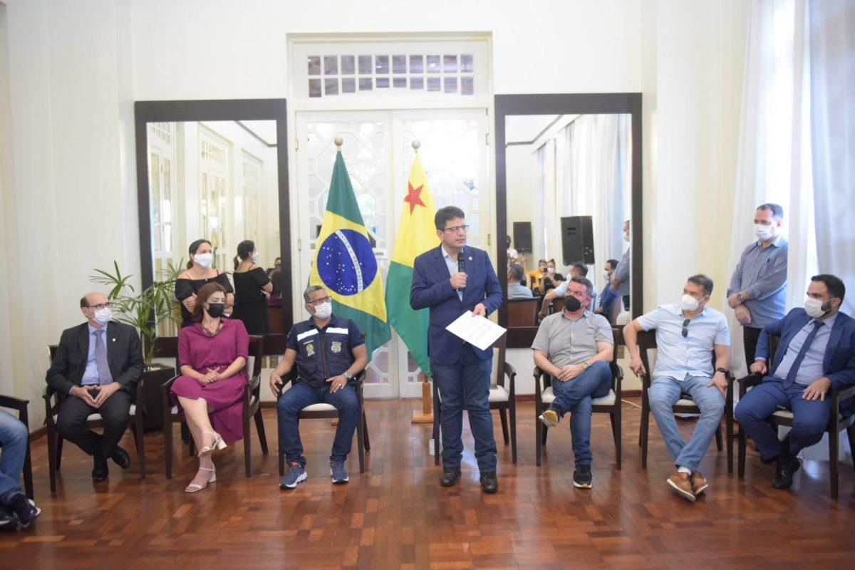 Governo publica nesta terça edital para concurso público do Instituto Socioeducativo do Acre