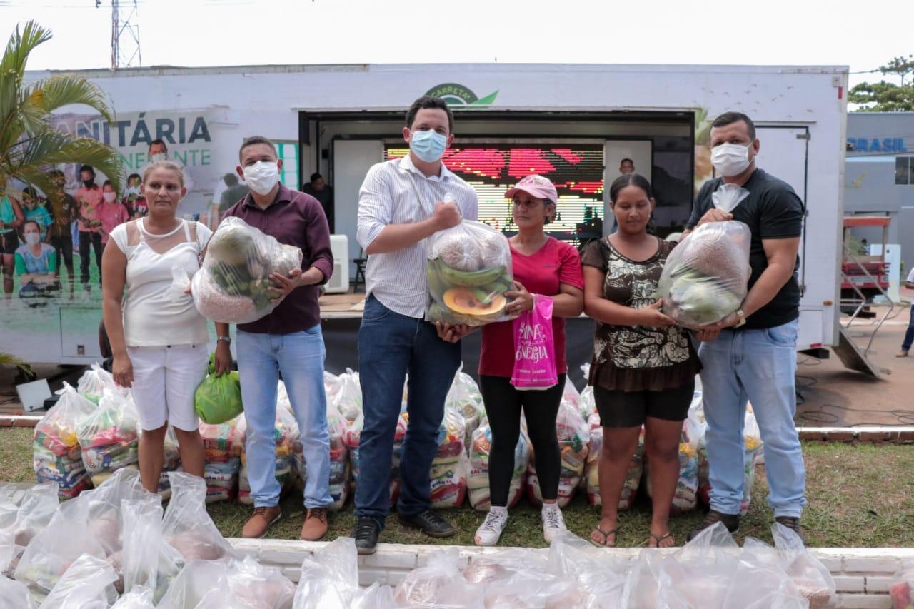 Carreta Ambiental realiza atendimentos a produtores rurais e movimenta a cena cultural de Assis Brasil
